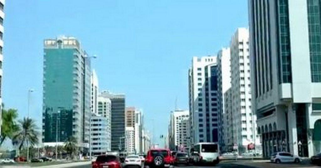 البحث عن عمل في الامارات العربية المتحدة السفر الى الامارات للبحث عن عمل فرص عمل العمل في الامارات البحث عن وظيفة الإمارات العربية البحث عن عمل في الإمارات